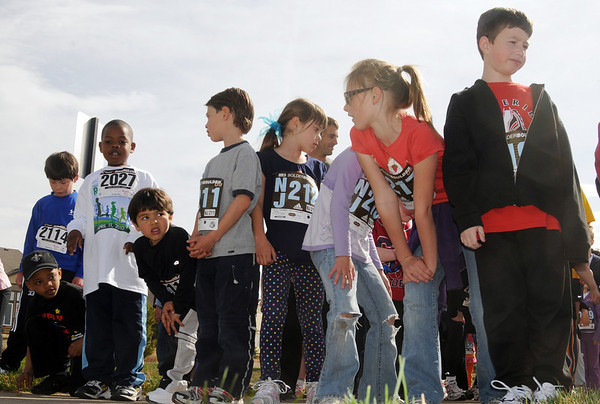 Children line up for the children's run of the Race4Kids' Health 5K run at Broomfield County Commons Park on Sunday.<br /> <br /> April 11, 2010<br /> Staff photo/David R. Jennings