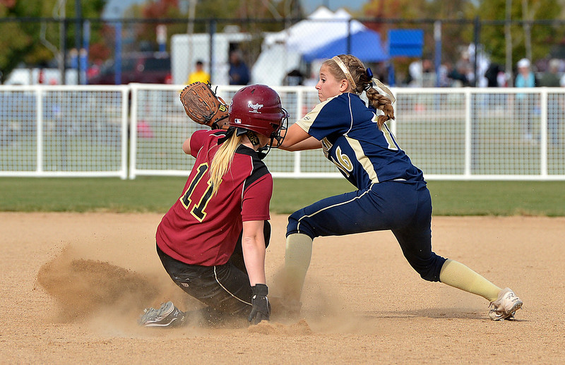 Frederick's Antonia Villani tags out Ponderosa's Ally Power at second base during Friday's state softball championships at Aurora Sports Park.<br /> <br /> October 19, 2012<br /> staff photo/ David R. Jennings