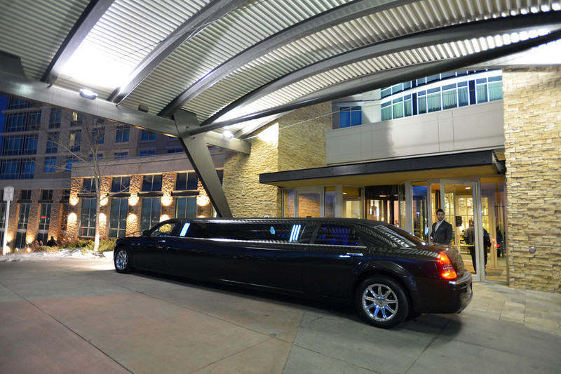 A limousine waits outside of the hotel the Broomfield Chamber of Commerce's annual dinner at the Renaissance Hotel on Thursday featuring The Broomfield Apprentice.<br /> <br /> January 31, 2013<br /> staff photo/ David R. Jennings