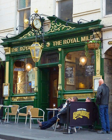 The famous Royal Mile in Edinburgh, home of the merchants who catered to the Royal Family.<br /> <br /> <br /> photo/Gerry Case