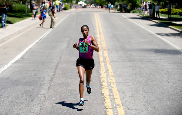 "Ethiopia's Mamitu Daska takes the lead during the annual Bolder Boulder 10K Road Race in Boulder, Colorado, Monday, May 31, 2010. <br /> <br /> Kasia Broussalian<br /> <br /> For a video, please visit  <a href=""http://www.dailycamera.com"">http://www.dailycamera.com</a>"