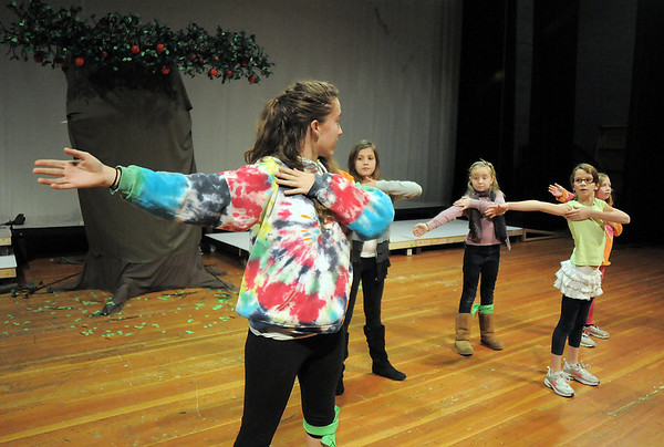 Broomfield High thespian Rachel Kois works on dance choreography with campers during the Young Actors Theatre Camp by the Broomfield High School Thespians at the school on Tuesday. <br /> December 29, 2010<br /> staff photo/David R. Jennings