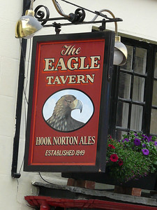 Pub Sign - The Eagle Tavern, Corn Street, Witney 110720