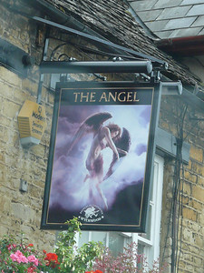 Pub Sign - The Angel, Market Square, Witney 110720