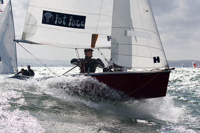HAYLING ISLAND SC RS200 NATIONALS DAY 1 23 08 08