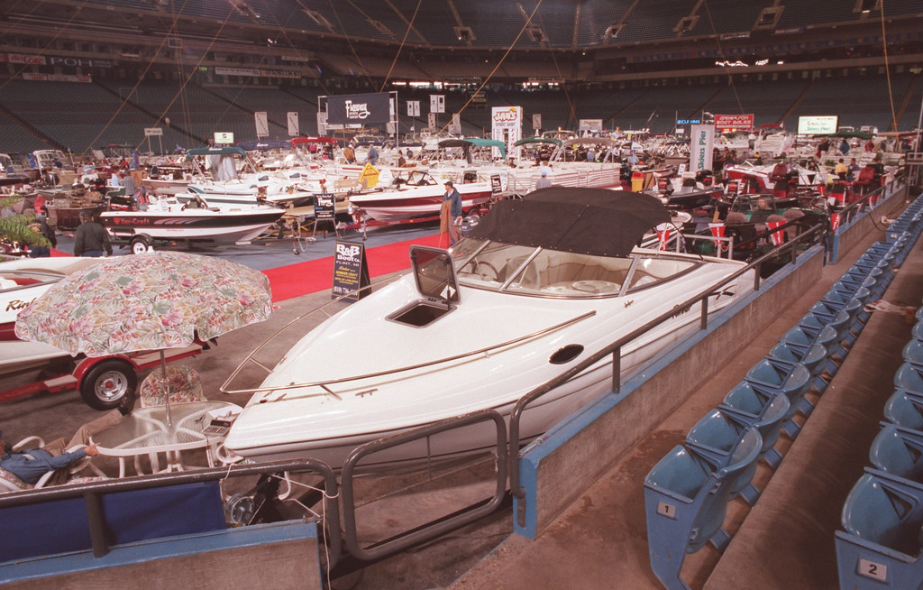 . Boat show at the Pontiac Silverdome.