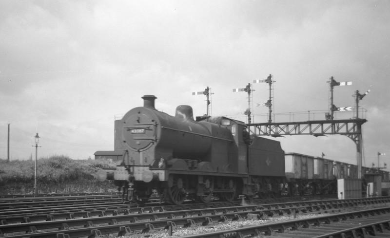 43887, down freight, Gloucester Barnwood, August 24, 1963.