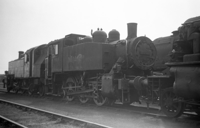 30071, Eastleigh Shed, May 30, 1964.