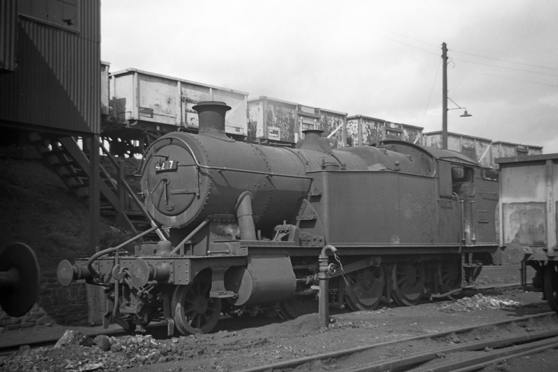 4227, Severn Tunnel Junction Shed, August 24, 1963.