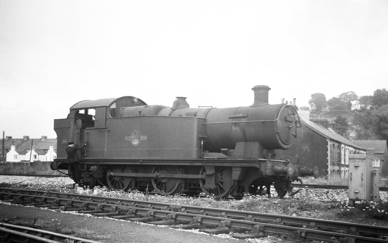 5673, backing off Neath Court Sart Shed, August 31, 1963.