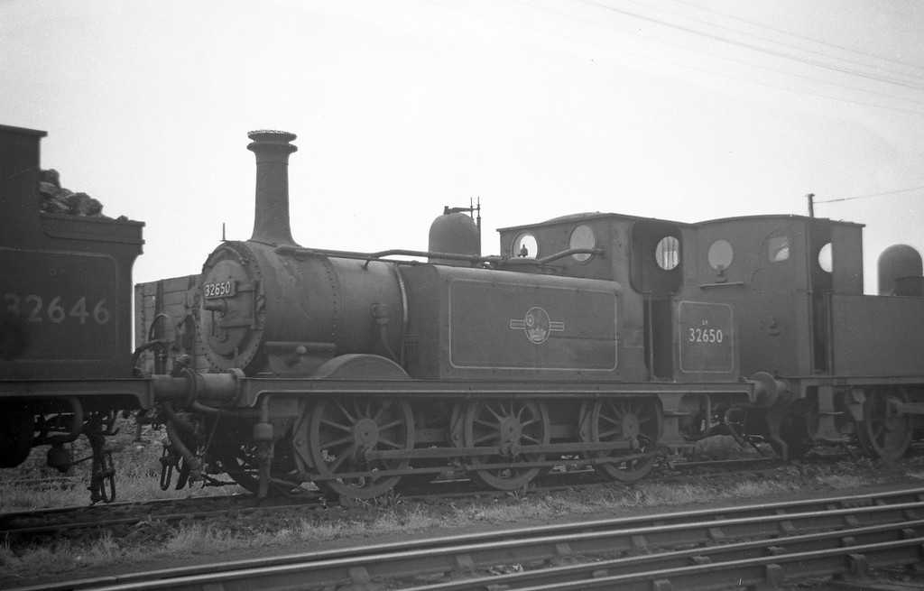 32650, Eastleigh Shed, May 30, 1964.