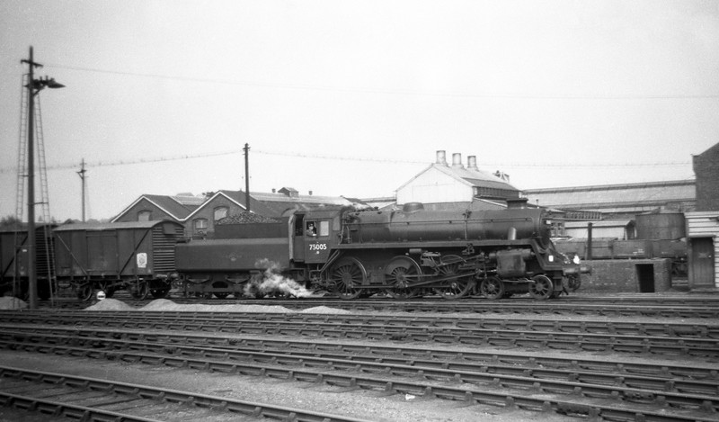 75005, down freight, Eastleigh Yard, May 30, 1964.