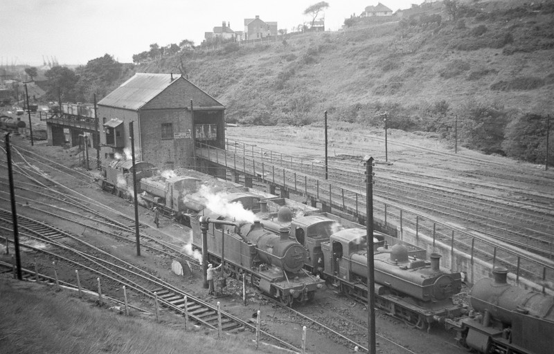 5200, being watered, Duffryn Yard Shed, Neath, August 31, 1963.