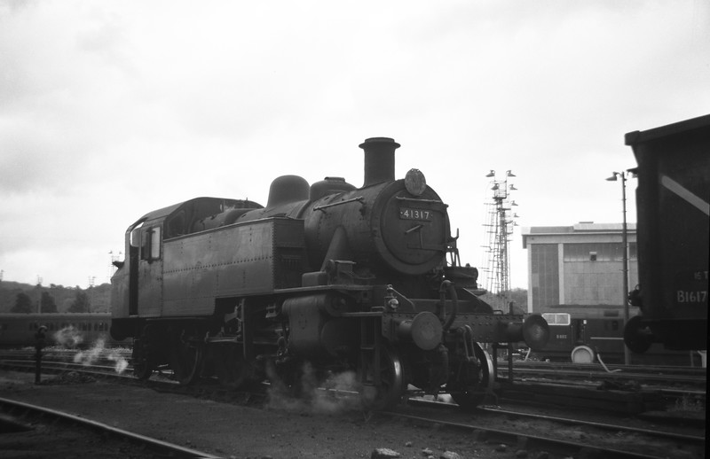 41317, Plymouth Laira Shed, August 12, 1963. D802 Formidable is in the background.