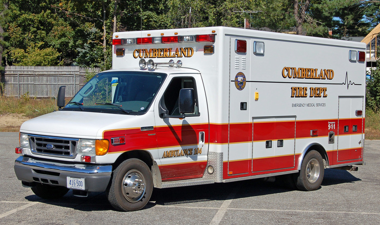 Ambulance 104  2006 Ford/AEV