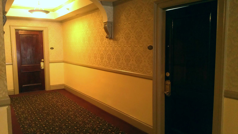 In 1911, Roomm 217 was the presidential suite, taking up the entire corner where 217 and 215 are now.