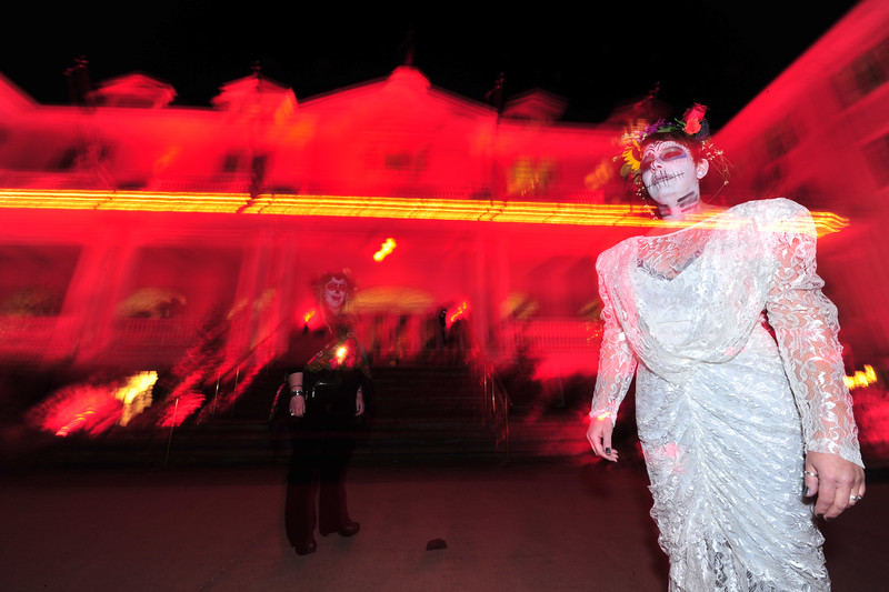 30EPNews Night of the Lively Dead.jpg Dia del los Muertos is a few days away, but the sugar sculls were out in force at the Stanley Hotel on Saturday night. The hotel hosted their annual Shining Masquerade Ball, giving spooks and gouls the chance to party.