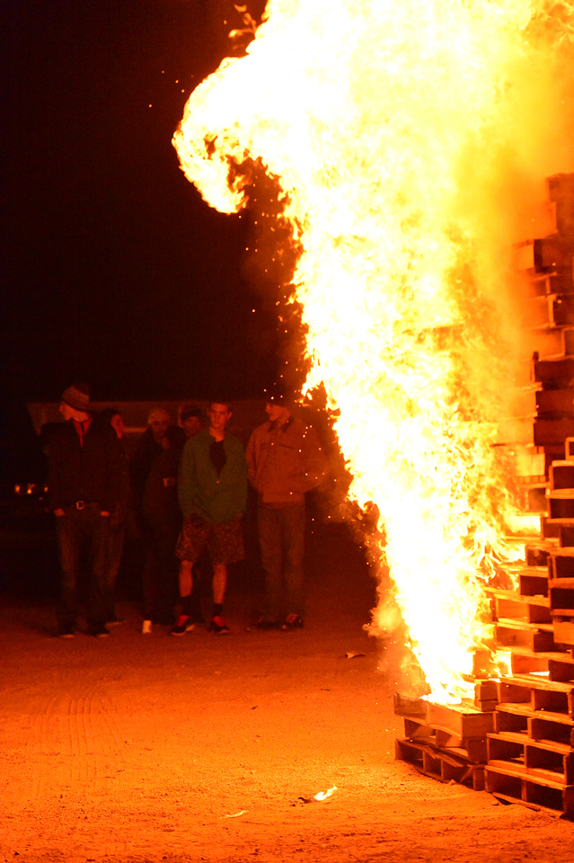 The annual bon fire lights up the sky and warms the spirits at the Estes Valley Youth Center. The event is scheduled this year for Tuesday, October 15 beginning at 8 p.m.