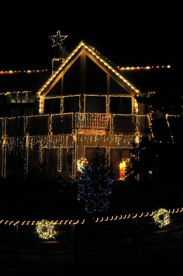 Walt Hester | Trail-Gazette<br /> A home on Fish Creek Road is covered in lights to an amazing degree. It is challenging to photograph displays lik this, as there is so much to it.