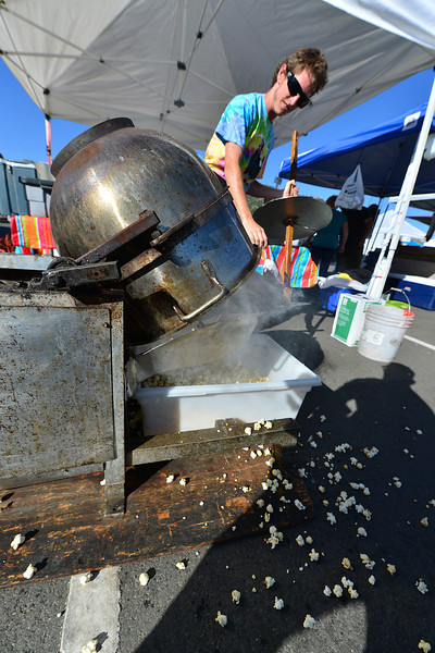 In case rolls, cookies, and candy aren't enough, the Estes Valley Farmers' Market also has kettle corn.