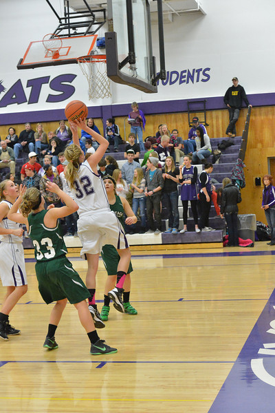 Estes Park's Amanda Dill goes up for two of her 19 points against Heritage Christian on Tuesday night. The Ladycats defeated the Eagles, 50-31, and upped their record to 5-2.