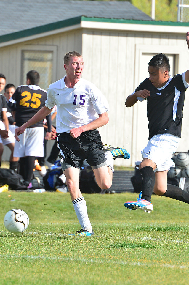 Jon Youngbluth heads downfield against the Vikings on Thursday. The Bobcats defeated Valley 9-0.