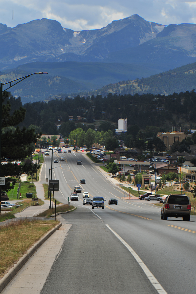 The road out of Estes Park offers a nice look back on Wednesday. The short climb will seem like only a false flat to the hard men who make their livings on a bike.