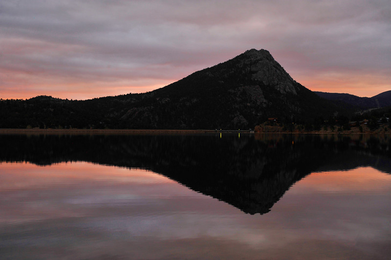 04EPCEar Heavy Clouds.jpg Walt Hester | Trail Gazette<br /> Heavy clouds reflect sunrise and eventually bring light snow to Estes Park on Monday. The cold front could drop as much as three inches of snow by Tuesday morning.