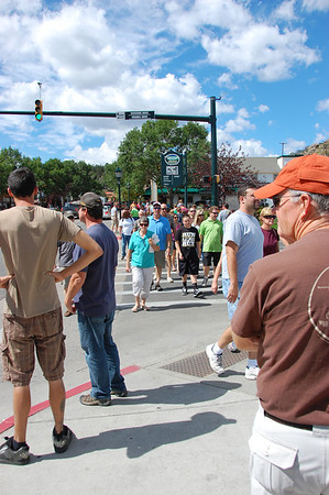 There was plenty of foot traffic along Elkhorn Avenue Sunday as the Labor Day Weekend attracted throngs of visitors to Estes Park and Rocky Mountain National Park. Bond Park was a popular location with visitors who enjoyed the arts and crafts fair.