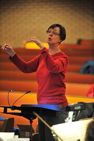 Walt Hester | Trail Gazette<br /> Conductor Kathryn Bowers prepares the oratorio for the weekend performance. While new to the Estes Park Oratorio Society, she sang for the Chicago Symphony Chorus and Gachinger Kantorei in Stuttgart, Germany, as well as teaching at Butler and Webster universities.