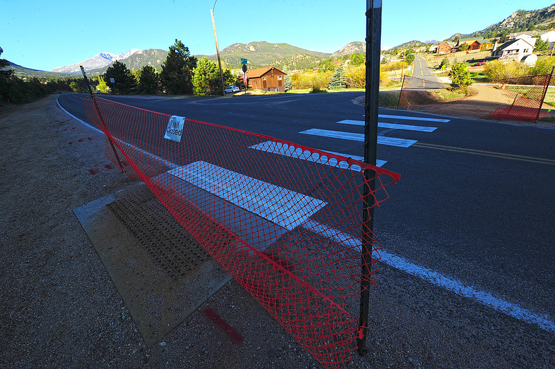 Walt Hester | Trail Gazette<br /> Though the trail is complete, crosswalks at Fish Creek and Scott Avenue are still closed. Town officials site safty concerns for the closure.