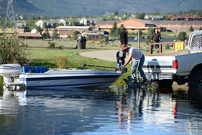 Walt Hester | Trail Gazette A boater drops his boat into Lake Estes on Saturday. Perhaps not the first thing a visitor thinks of for Estes Park, the lake offers plenty of recreational opportunities.