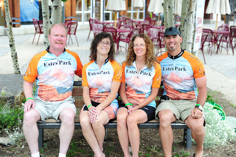 Walt Hester | Trail Gazette<br /> One of the smaller teams, the 2012 Team Estes poses for the team shot. From left, Team Estes is Rick Life, Pam Duemig, Susan McNeil and the author.