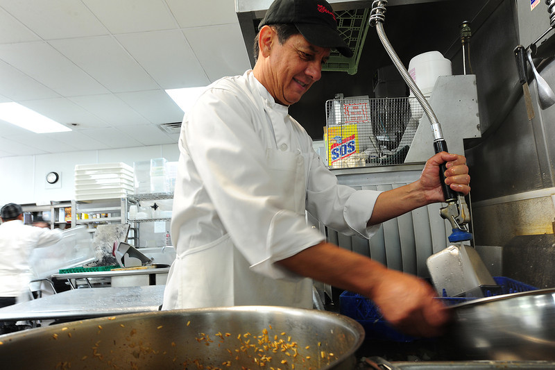 "Walt Hester | Trail-Gazette<br /> Don Dunn jumps in to wash dishes at the Stanley Hotel on Wednesday. ""He does the stuff know one else will,"" said co-workers."