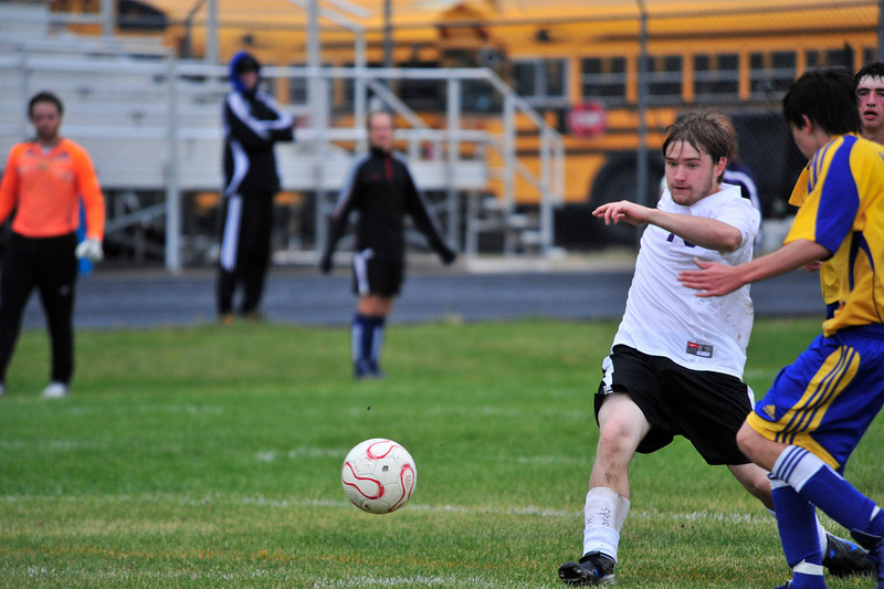 Photo by Walt Hester<br /> Nick Edwards races upfield with the ball against Nederland on Wednesday. Edwards scored in the second half of the match on a corner kick.