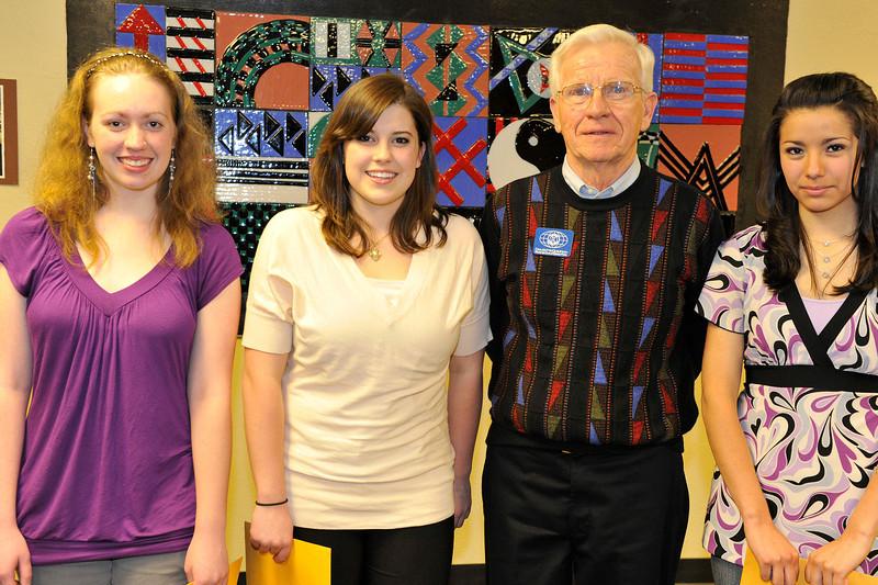 Walt Hester | Trail Gazette<br /> Kiwanas Club of Estes Park - Morgan Denney, Summer Barney and Stephanie Palacios. Presenter - Dave McGoldrick