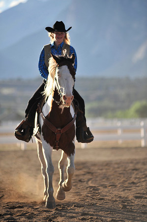 Walt Hester | Trail Gazette<br /> Rooftop Rodeo Princess Lexi Life enjoys a warmup ride on Thursday evening.