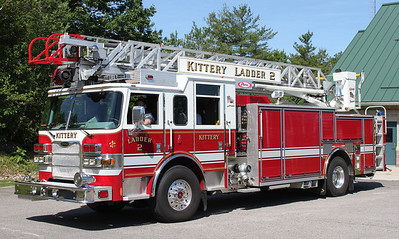 Ladder 2   2010  Pierce Arrow 1500 / 500 75' RM