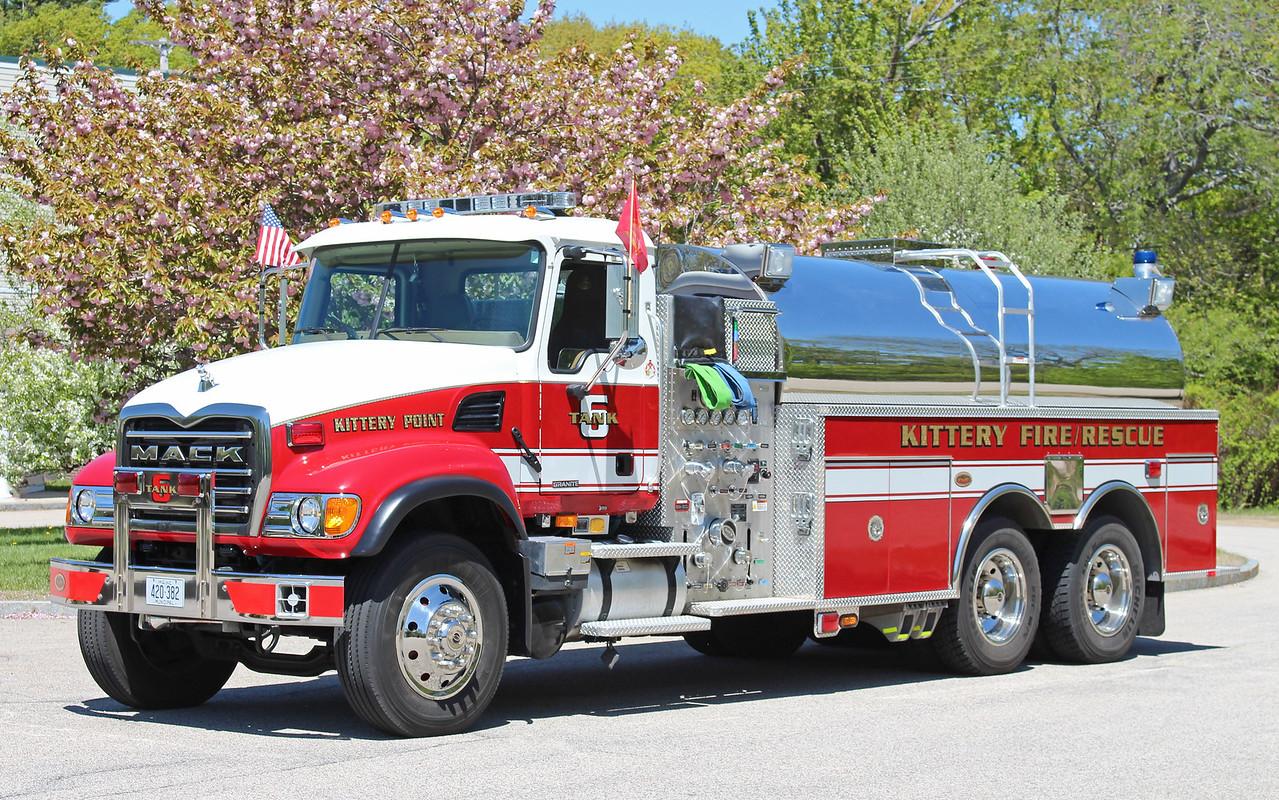 Tanker 6 2007 Mack / KME 750 / 3000