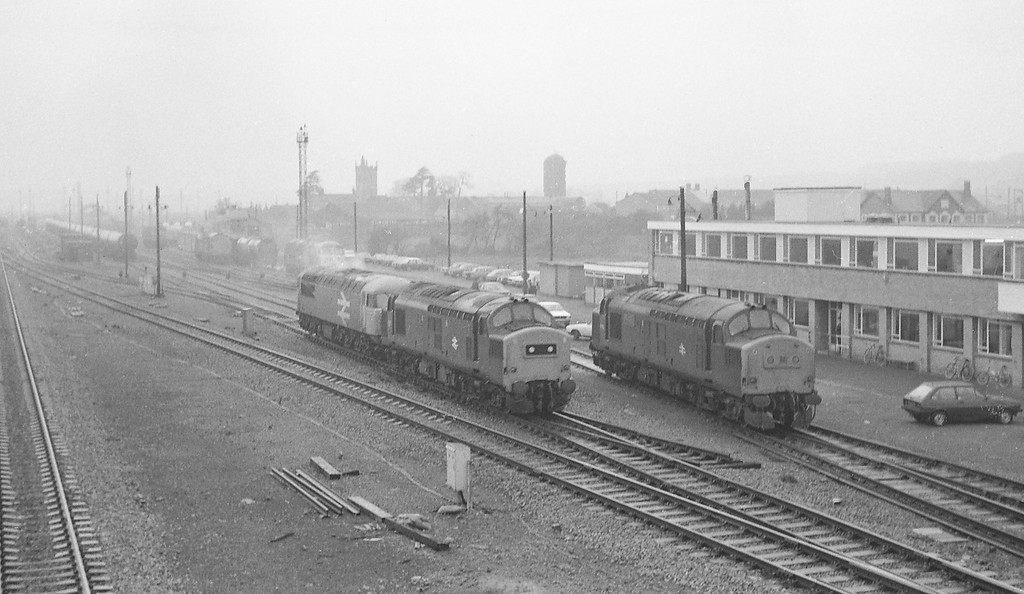 37185/56037, off up tanks to stabling point, Severn Tunnel Junction, 10-12-85; 37180, stabling point.