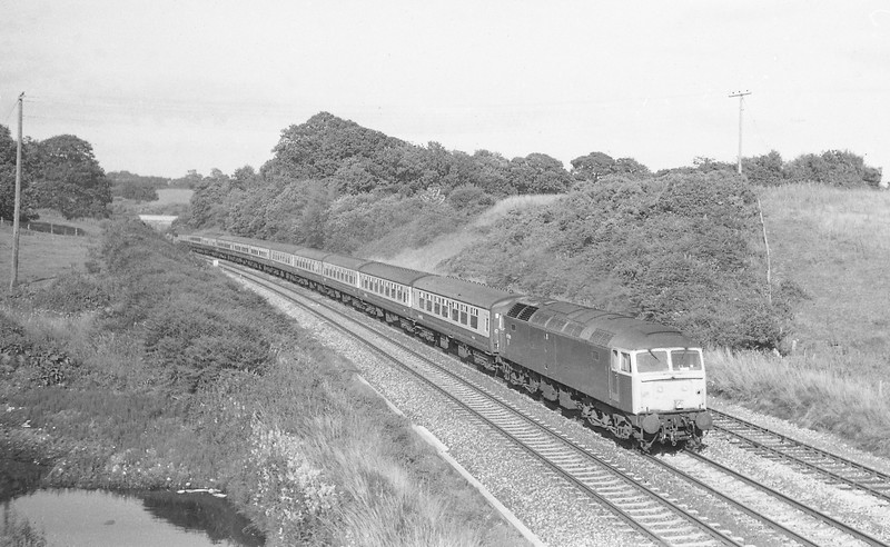 47588, 10.40 Glasgow-Paignton, Whiteball, 26-7-86.