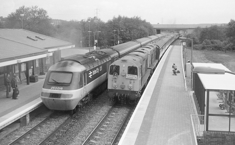 20011/20054, 05.10 Wolverhampton-Penzance, Chopper Topper tour, Tiverton Parkway, 8-6-86. Terminated at Falmouth because of derailment at Truro.