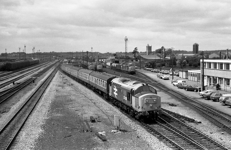 37426, up passenger, Severn Tunnel Junction, 4-6-86.