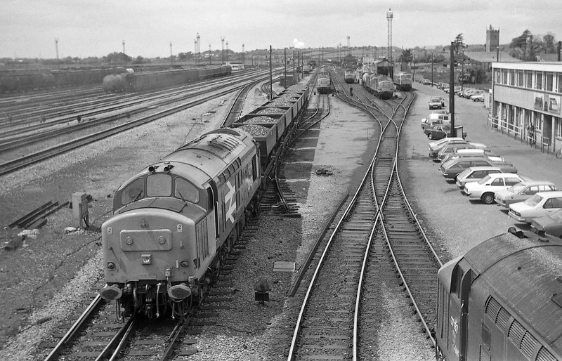 37427, northbound coal, Severn Tunnel Junction, 4-6-86.