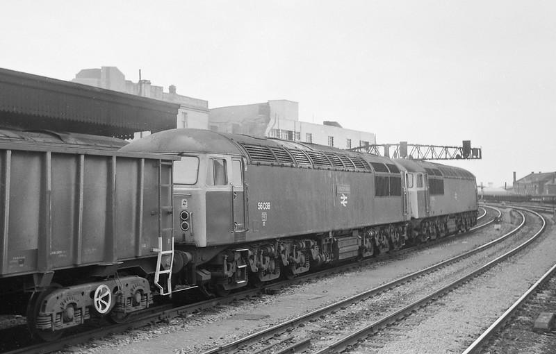 56052/56038, Port Talbot-Llanwern Steelworks, Cardiff Central, 11-3-86.