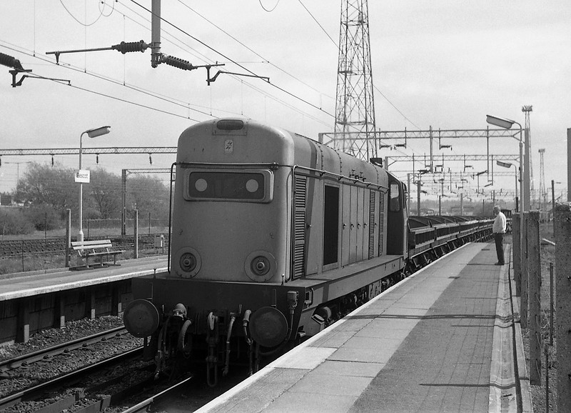 20140, down departmental, Bescot, 13-5-86.