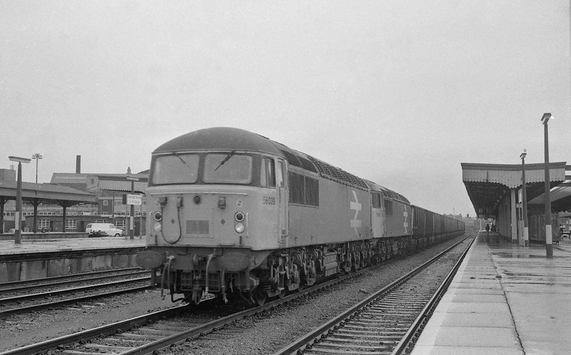 56039/56051, Llanwern Steelworks-Port Talbot, Cardiff Central, 30-10-86.