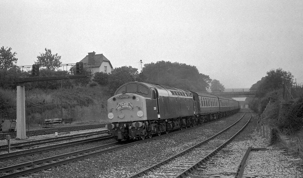 D200, Class 40 Appeal special, closed Tiverton Junction Station, Willand, near Tiverton, 31-8-87.