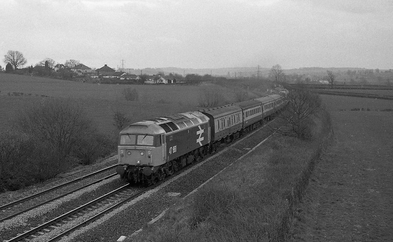 47661, up passenger, Willand, near Tiverton, 31-3-87.