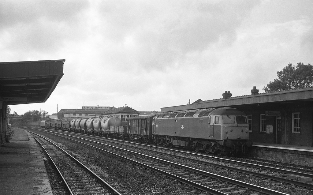 47219, St Blazey-Undy, disused Tiverton Junction Station, Willand, near Tiverton, 5-10-87.